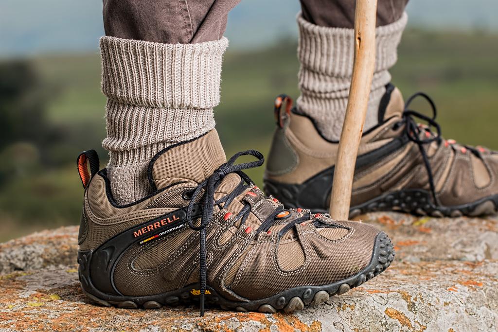 トルコやイランでも家の中で靴を脱ぐ習慣がある!