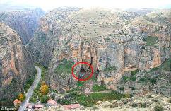 発見された洞窟
