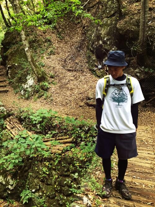 山歩きスタイル