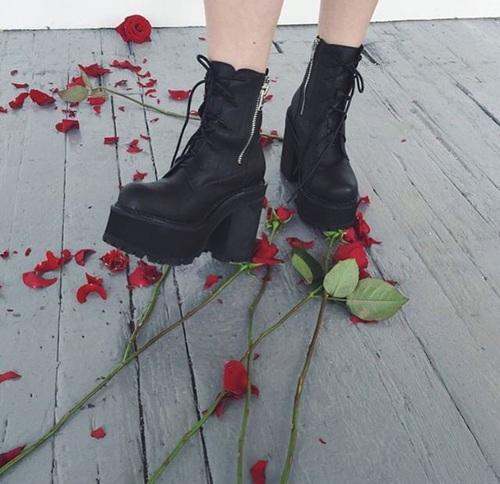 いい靴を履いて歩こう
