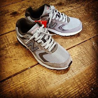 靴を選ぶときは必ず店舗で履いてみて選ぶことが大切