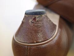 靴本体と同じ革