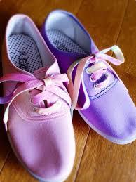 靴ひもを変えてスニーカーをアレンジしちゃおう!