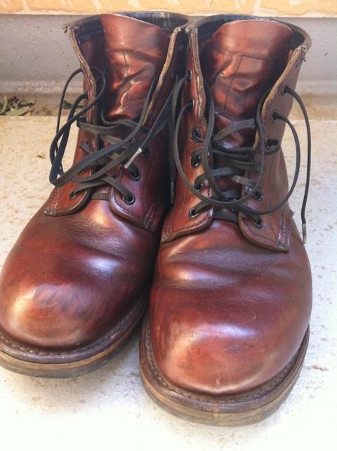 カジュアルブーツ・登山靴で御馴染み!オイルレザー靴