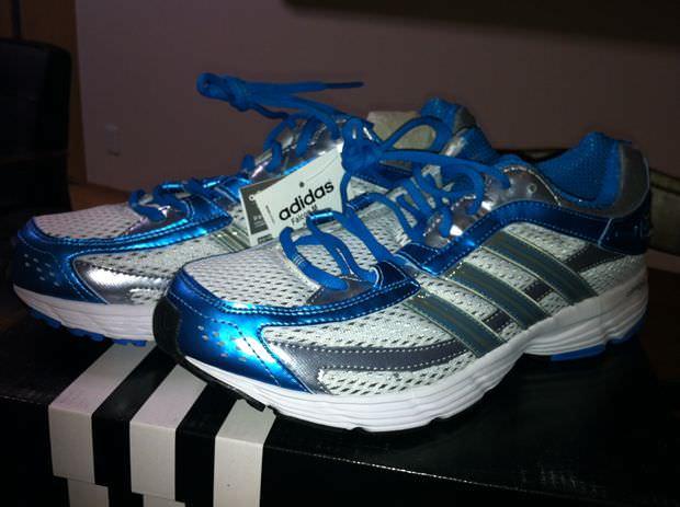 これは運動靴!