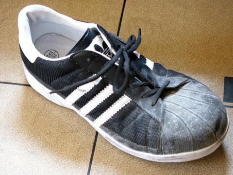 アディダスの安全靴!