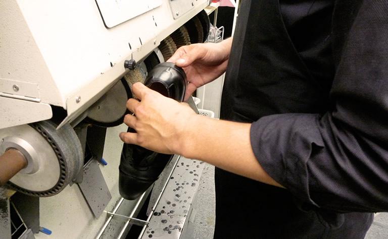 上野駅周辺の靴の修理店をご紹介します!
