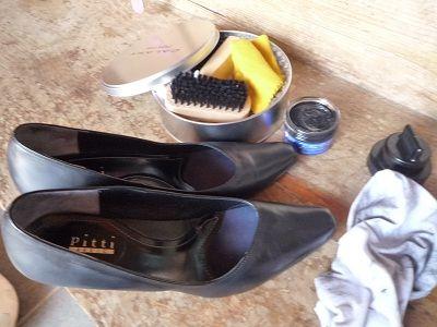 靴が汚れていては全て台無し!