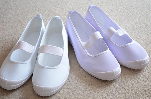 お子さんのタイプに合わせて上履きを選びましょう