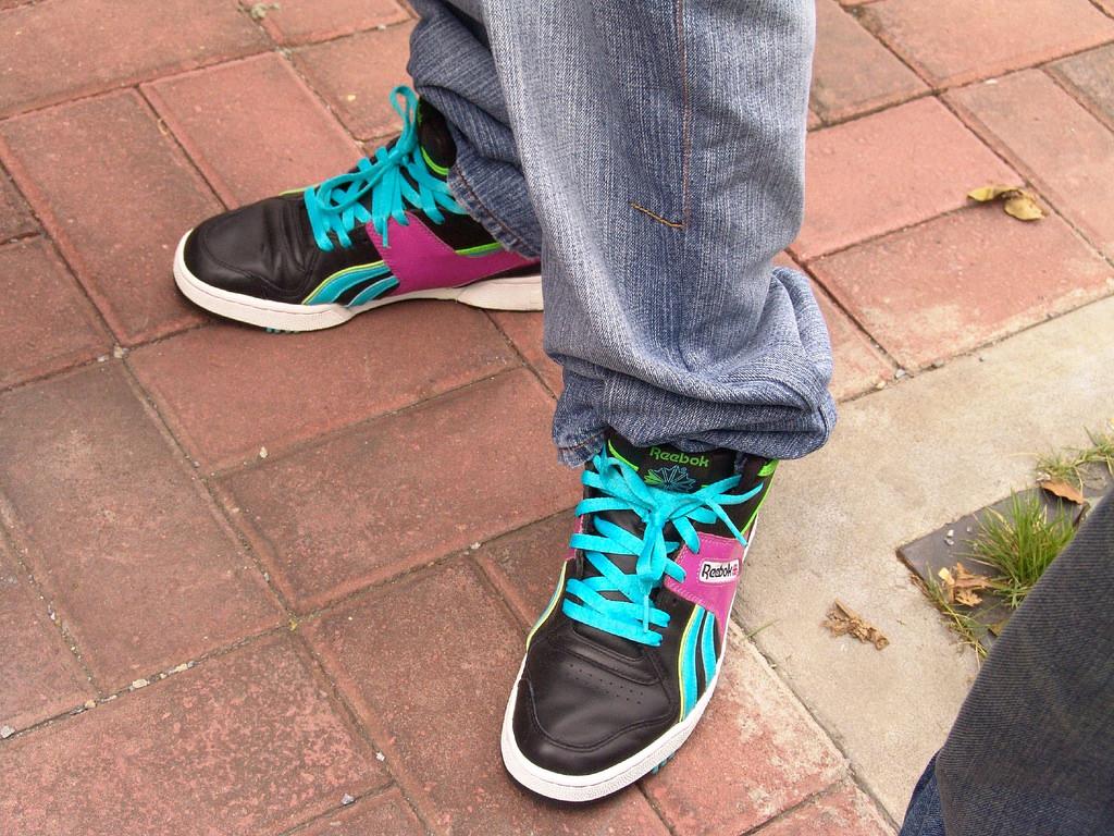 Reebokの伝統的名作スニーカーを継承したクラシックライン