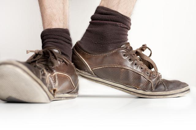 ゆるい靴を履き続けると・・・