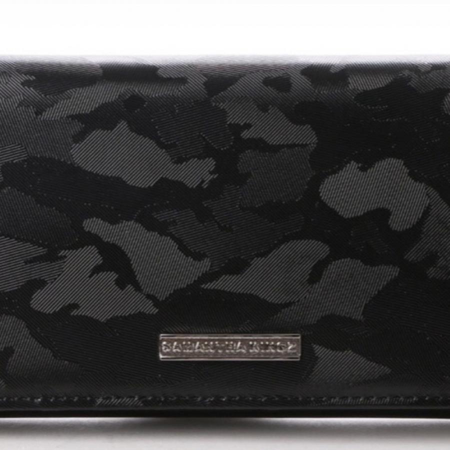 カモフラ柄型押しレザー長財布