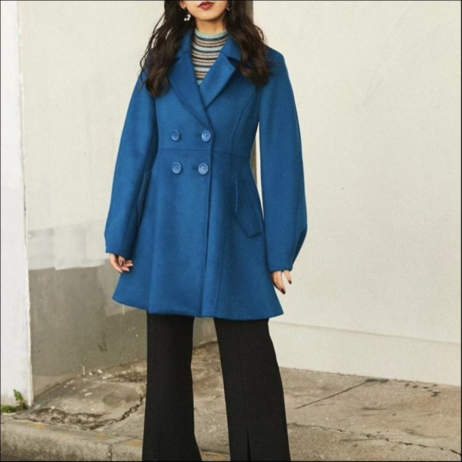 BIG COLLAR FLARE COAT