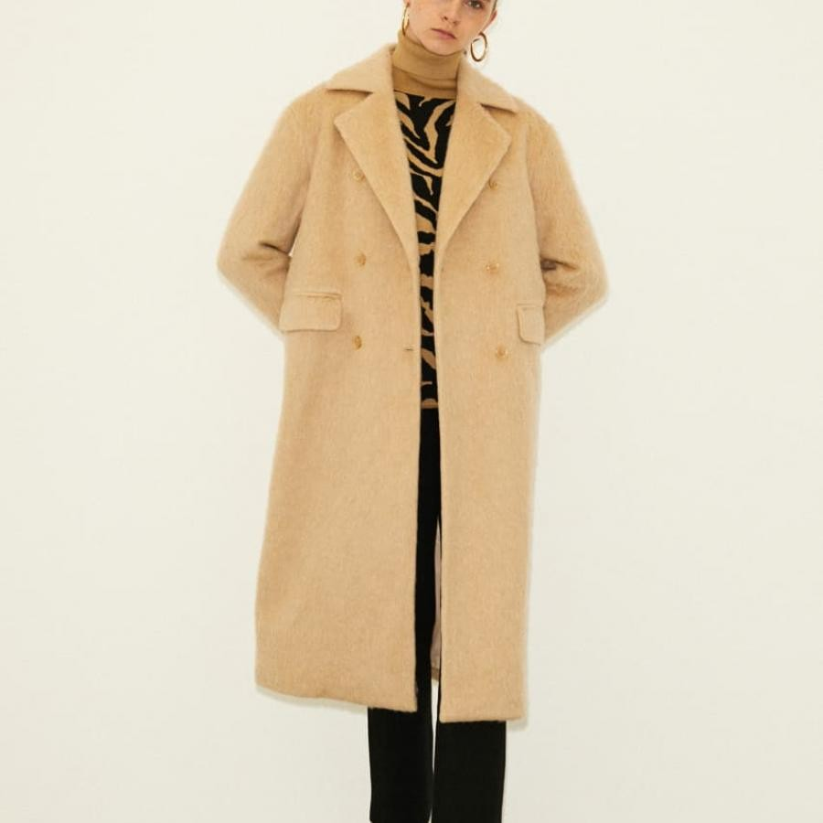 OVER SHAGGY COAT