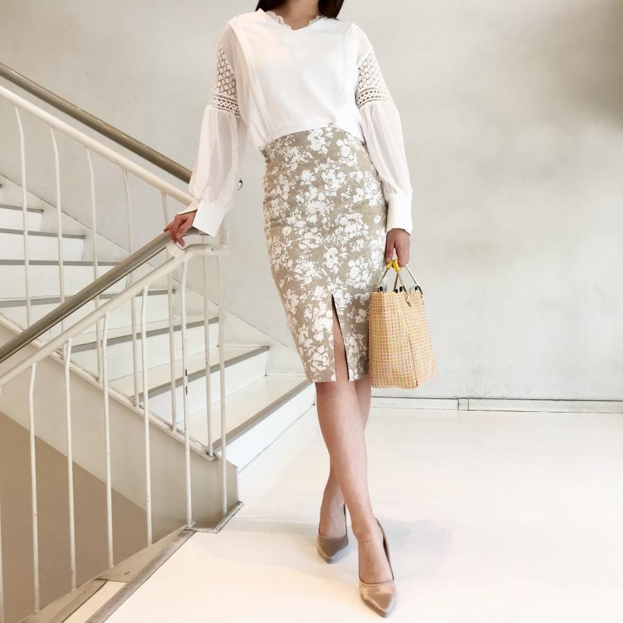 花柄Hラインタイトスカート