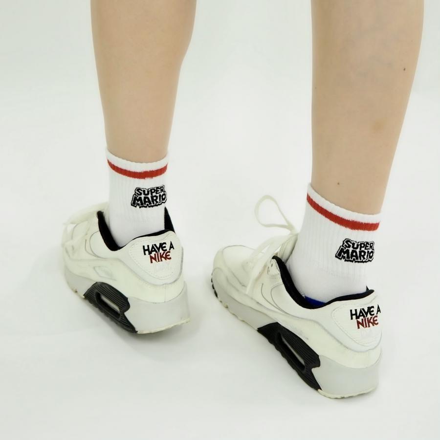 スーパーマリオ アメリブロゴ刺繍靴下(22~24cm)白ベース×黒ロゴ