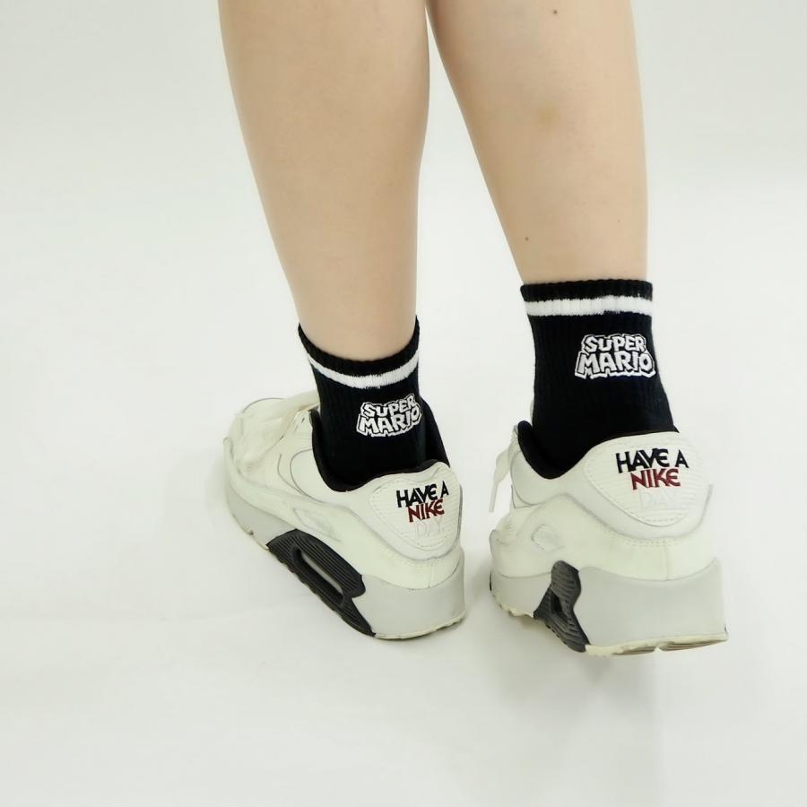 スーパーマリオ アメリブロゴ刺繍靴下(22~24cm)黒ベース×白ロゴ