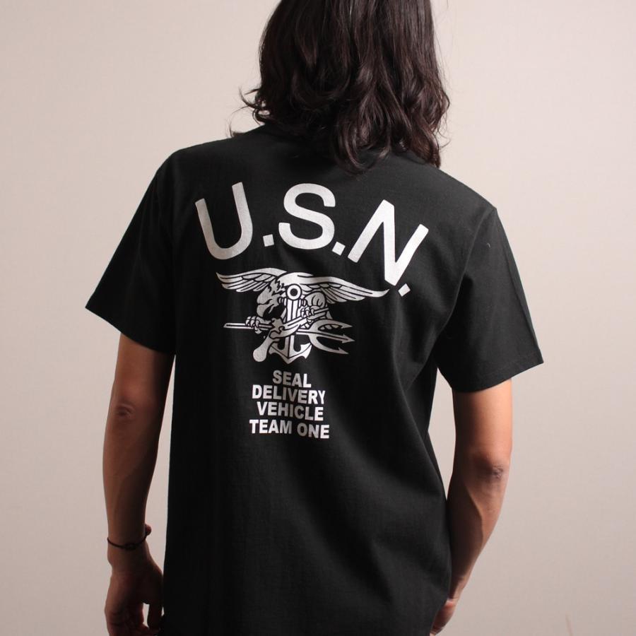 AVIREX U.S.N.シールズ バックプリント ティーシャツ/U.S.N. SEALS BACK PRINT T-SHIRT 6193328