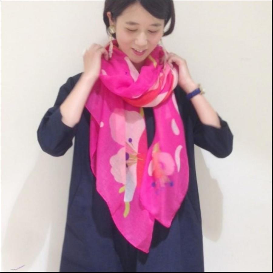 Pylones スカーフ
