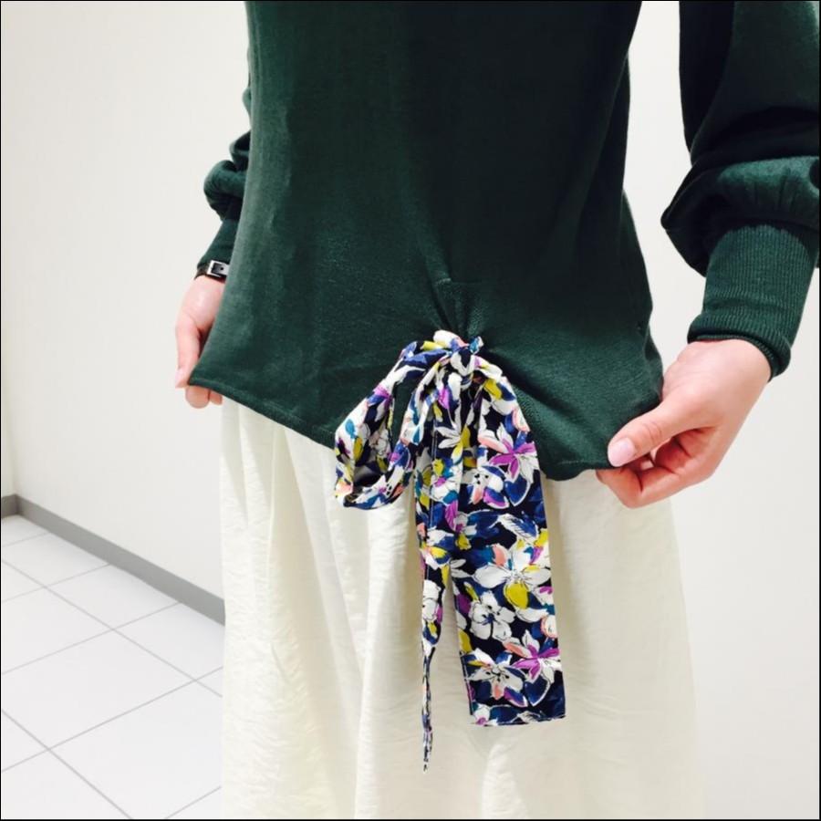 リボン結びボリューム袖ニット