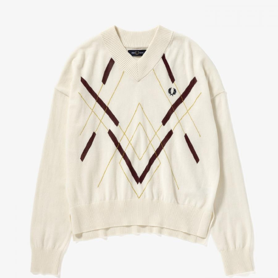 ABSTRACT ARGYLE KNIT