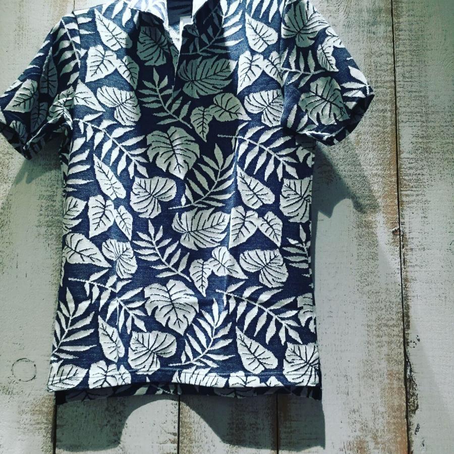 BLUNERO スキッパータイプボタニカルデザインポロシャツ