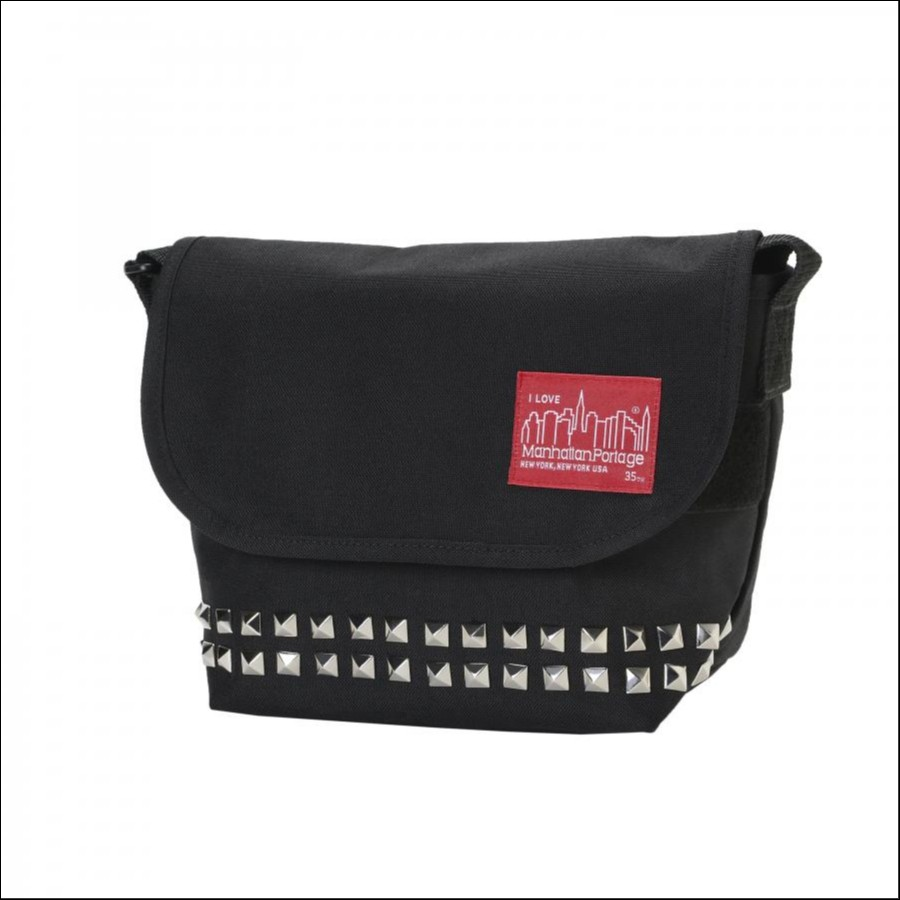PYRAMID STUDS Casual Messenger Bag