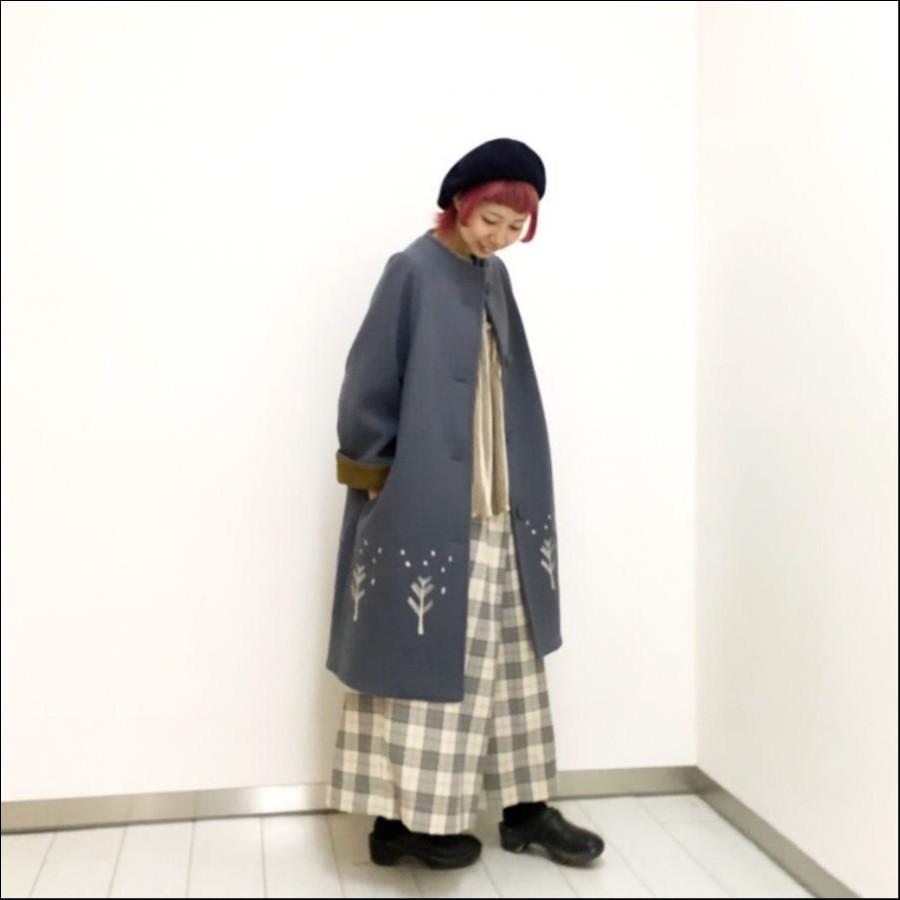 ボトルネック裾刺繍コクーンコート