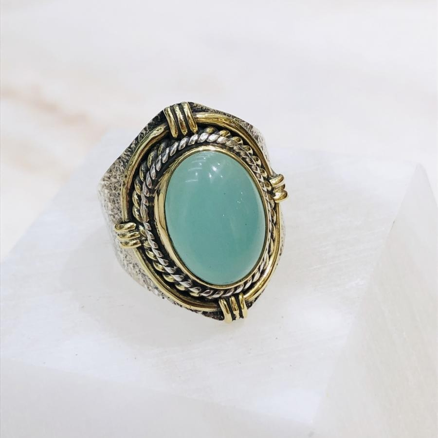 Green color  ring 〈connect〉
