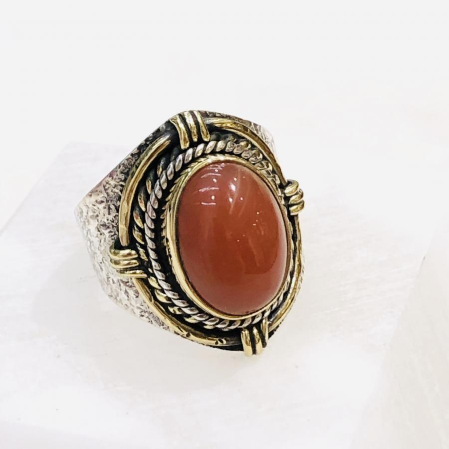 Vermilion color  ring 〈connect〉