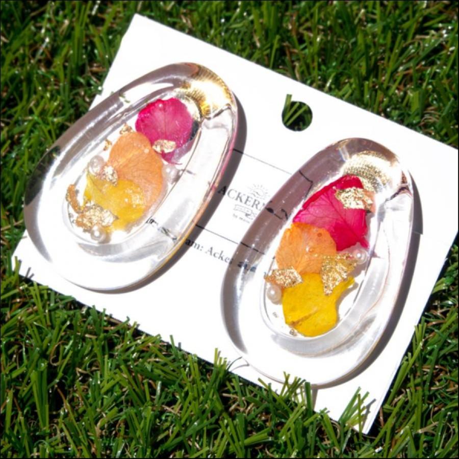 [期間限定販売] ACKERMAN*本物のお花*カラフル紫陽花の大ぶりクリアなイヤリング