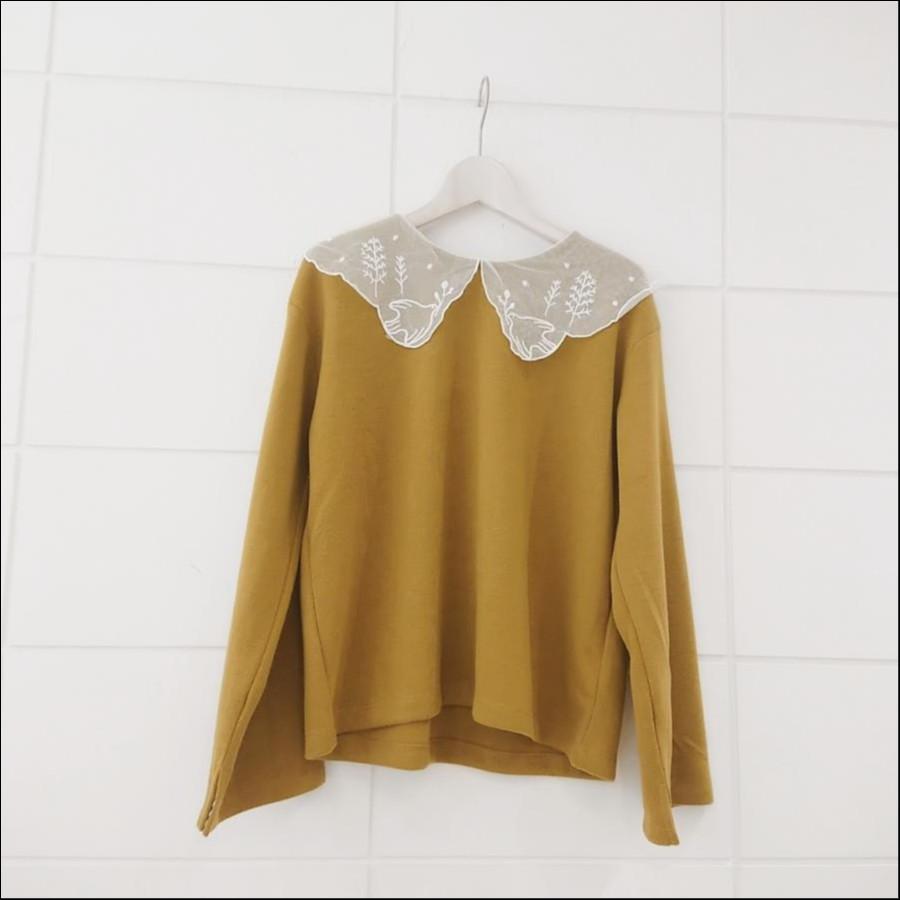 刺繍チュール襟プルオーバー