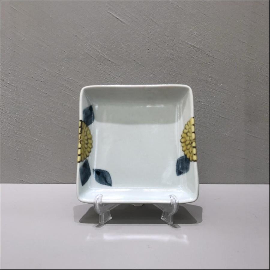 九谷青窯 色絵菊 角皿