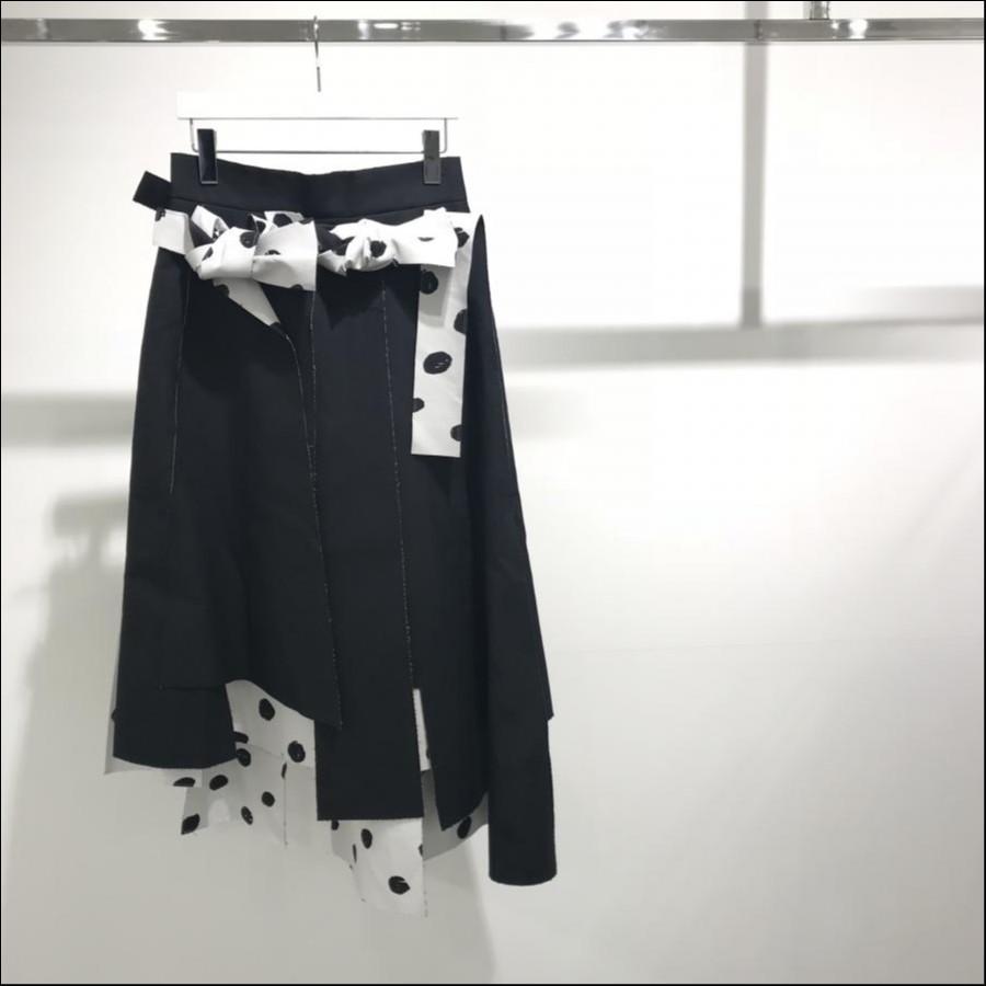 【CRY.】Paneled skirt
