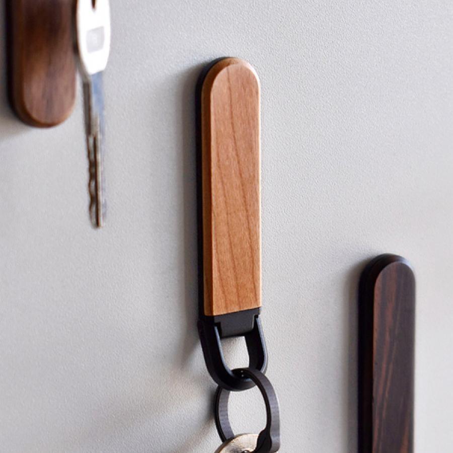 木製キーホルダー