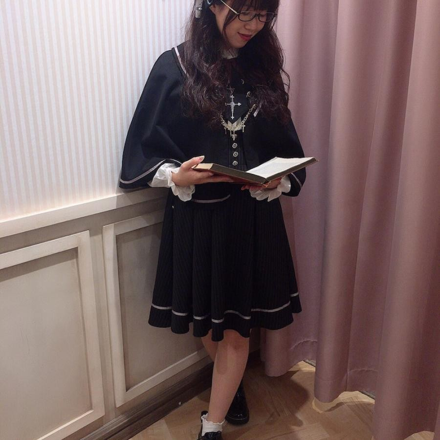 Rosary Vampire ケープマント付ジャンスカ
