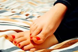 feet-931921_640足指