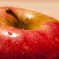 夕食を置き換えて夜りんごダイエット!代謝酵素の力で痩せよう!