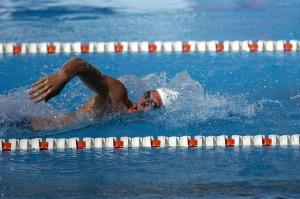 水泳でダイエットするにはクロールがオススメ