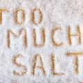 毎日塩洗顔するのは肌に良い?それとも悪い?