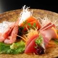 妊娠中に生魚を食べるのは避けるべき?妊娠中に積極的に摂取したい食べ物は?