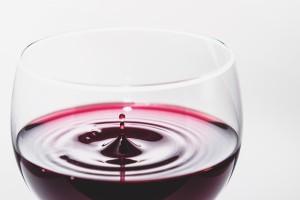 飲み残したワインを捨ててしまうのはもったいない!