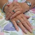 指先まで美しい女性なりたい方必見!爪のアンチエイジング法とは?