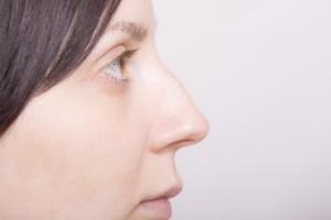 bb6d000aae4a06c59f47cf9aca08c8f9_s 鼻 nose 目 eye 外国人女性 横顔