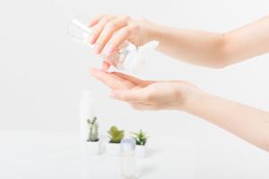 ニキビに効果のある美容成分で乾燥ニキビを改善する
