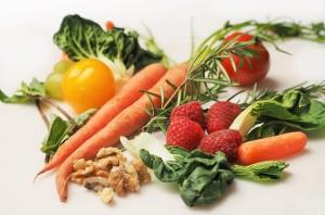 食事をはじめとした生活習慣で、乾燥ニキビを改善しよう