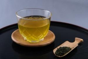 緑茶洗顔の効果について。安価にニキビが防げます。