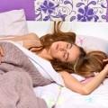 顔の寝癖はどうして発生?顔の寝癖の対策はどうすればよいの?