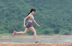 body-1822459_640 走る女性 ランニング ジョギング