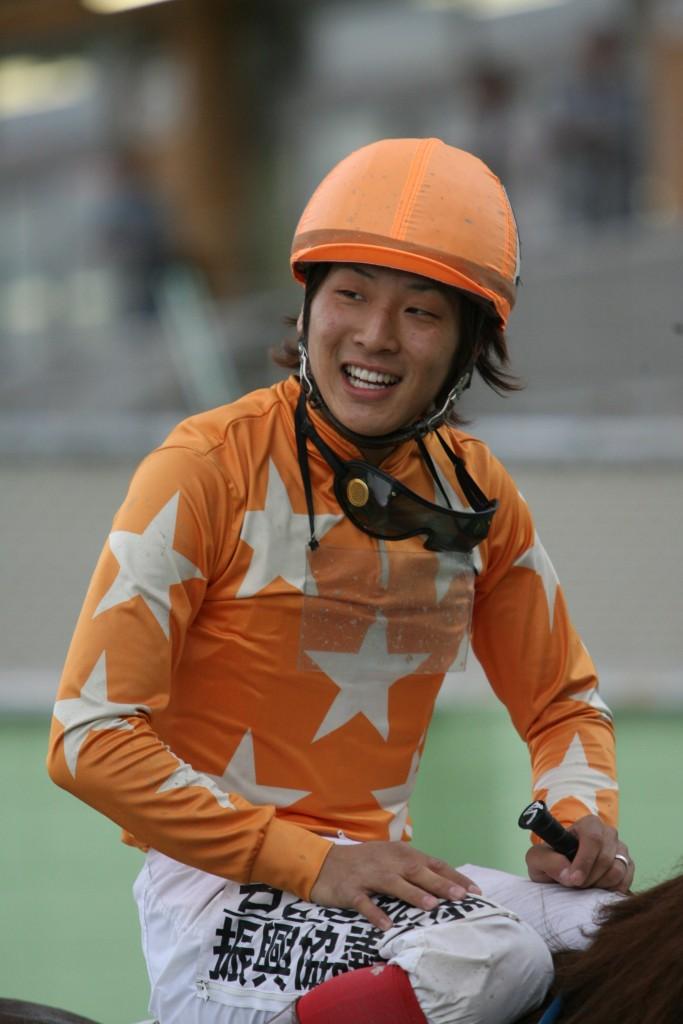名古屋】今井騎手通算500勝達成...